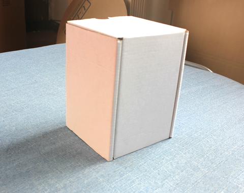 白卡包装飞机盒